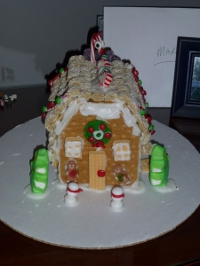 Robyn's Classic Cottage finished second (she took first last year)